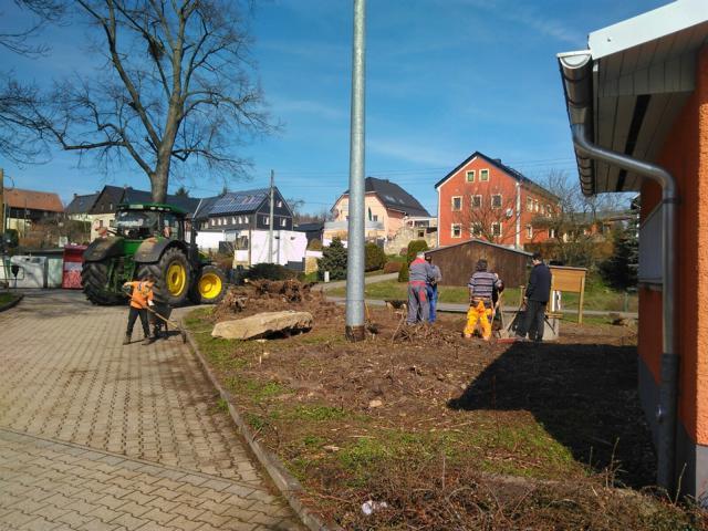 Read more about the article Frühjahrsputz in Hirschbach und Hermsdorf/ W 2019
