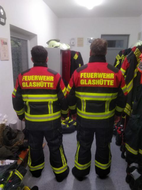 Read more about the article Neue Einsatzbekleidung für unsere Atemschutzgeräteträger